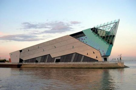 Hull's futuristic aquarium - The Deep